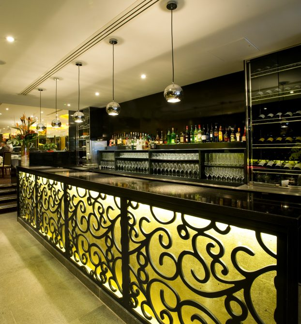 royal-china-queensway-bar